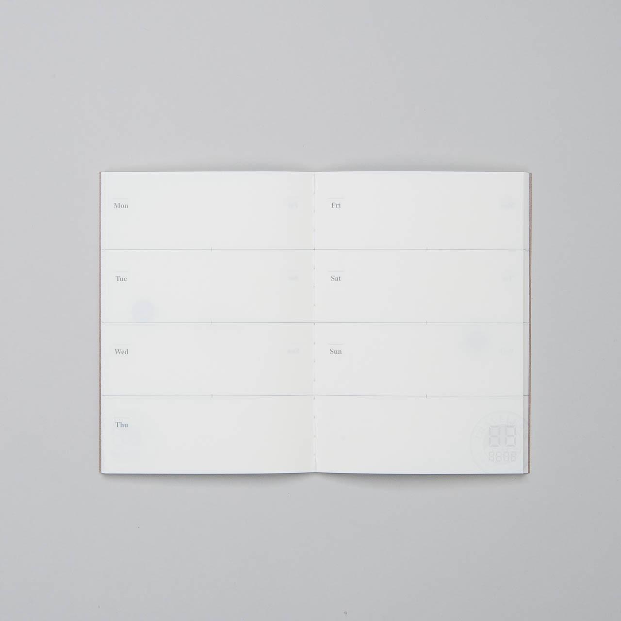 """Traveler's Notebook Refill Free Diary (Kalender für 29 Wochen) """"007""""  Passport Size"""